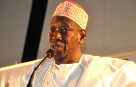 ganduje bans opposite genders from using same keke