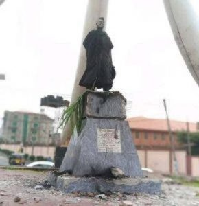 Nnamdi Azikiwe's Statue In Anambra Set Ablaze By Protesters 1